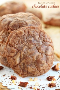toffee-crunch-chocolate-cookies-recipe-2